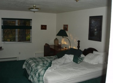 Kodiak Bed & Breakfast (7)